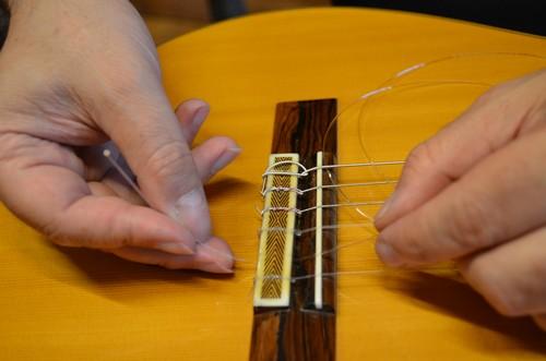 guitare classique installer corde